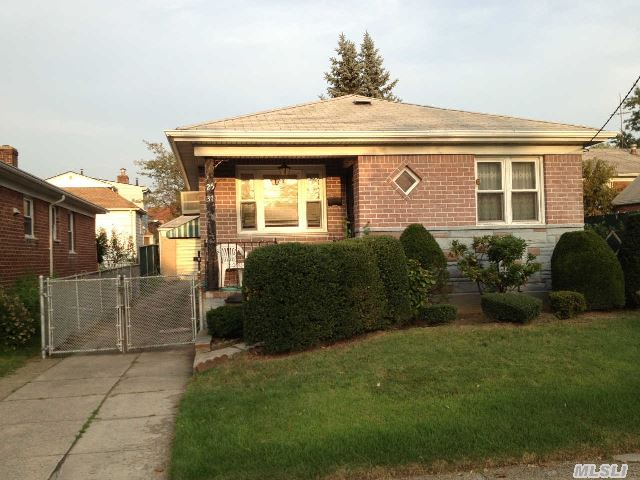 Sold: 25-37 Murray St, Flushing, NY 11354