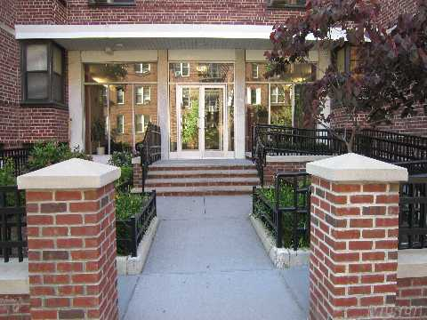 Sold - 109-23 71 Rd #4E, Forest Hills, NY 11375
