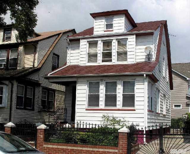 Sold: 93-57 204th St, Hollis, NY 11423