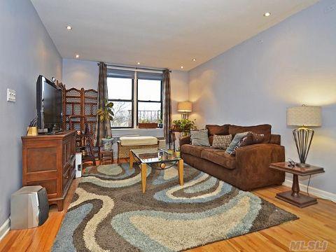 Sold: 139-15 83 Ave, Briarwood, NY 11435