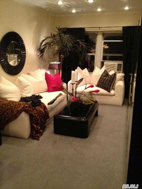 Sunkin Living Room